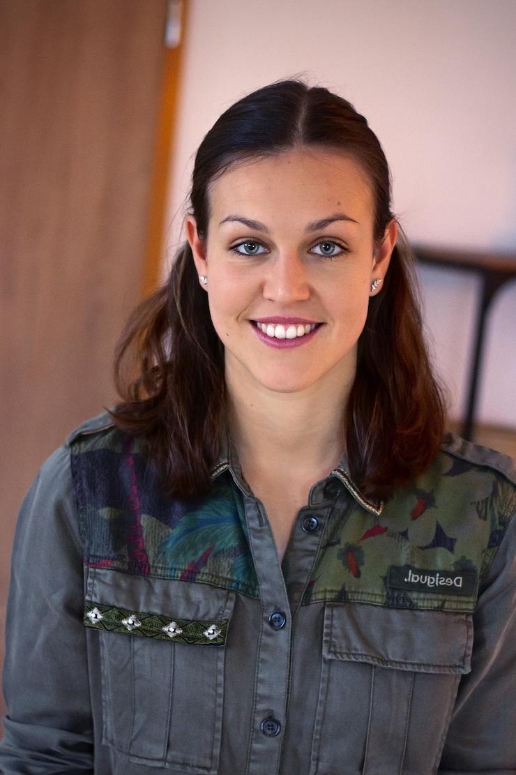 Christine Königsmann ist Ernährungsberaterin und begleitet Sie bei Ihrer nachhaltigen und langfristigen Ernährungsumstellung.